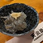 天史朗寿司 - 料理写真:お通し 生シラス ねっとりして美味