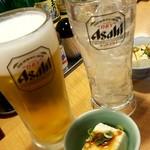 108134411 - 生ビールとレモンチューハイと付きだし