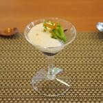 レストラン グリシーヌ・ヌフ - 料理写真:ランチ 障泥烏賊(アオリイカ)と新じゃがのムース