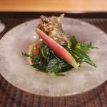 京天神 野口 - 料理写真:揚げた稚鮎、アスパラソバージュ、たでの葉を素揚げして土佐酢のジュレで。
