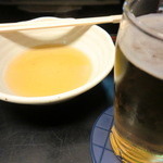 味の四季 - 瓶おビア(スーパードライ)とおでんのダシ