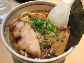麺歩 バガボンド 本店 - 南極ラーメン 780円