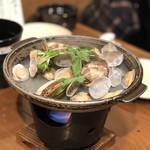日本酒・海鮮 二六丸 - お通し(あさりの酒蒸し)