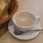 108153549 - ホワイトミルクコーヒー  ¥490-