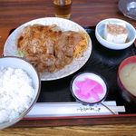 かしを食堂 - しょうが焼肉定食