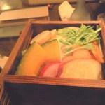 和菜蔵 茜屋 - 温野菜。ほっかほかで美味しい。冷酒がすすむすすむ。