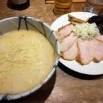 風来居 - トロ肉しおらーめん¥1050