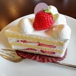 パティスリー カフェ ミツキ - いちごのショートケーキ