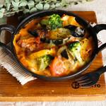 ゴロゴロ野菜と自家製ミートのラザニア風