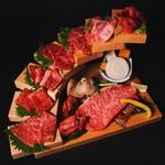 焼肉屋 牛匠 - 黒毛和牛特選盛り合わせ(A4~A5レベル提供)ライス、スープ、キムチ、チシャ付き