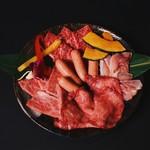 焼肉屋 牛匠 - 牛匠コース(A4~A5レベル提供)ライス、スープ、キムチ、チシャ付き