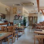 ファミリーレストラン 淳JUN - 店内