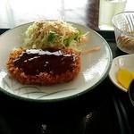 ホルモン食堂 - 料理写真:チキンカツ定食。