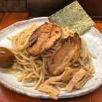 つけ麺 紫匠乃 - 紫つけ麺 全部入りの麺(大盛)(熱盛り)
