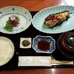 赤坂和食 閑人 - 刺身と焼魚(むつ西京)全景