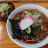 そば処 瓢箪 - 料理写真:かけそば(310円)+ミニ牛丼(230円)