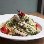 HAGI CAFE  - サバと水菜のペペロンチーノ