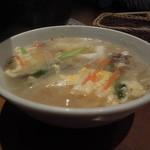 レインボー - 石焼きビビンバ定食のスープ
