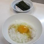 エビス屋昼夜食堂 - 生玉子 60円(税別)を貰ってTKG