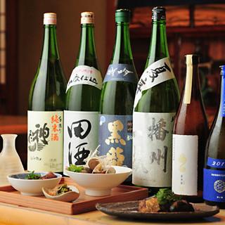 そばや天ぷらとの相性抜群◎厳選した日本酒は熱燗がおすすめ!