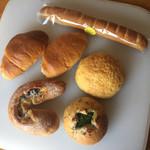 ベーカリーCOZY - 料理写真:ある日のお買い物♪
