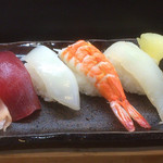 大木屋鮨 - 寿司セットのにぎり5貫
