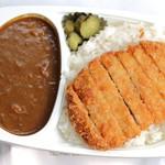柿田川湧水カレー - 料理写真:ポークカツカレー。