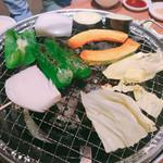 焼肉 八虎 - 野菜