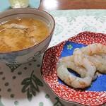 味処・民宿 まつや - 2019年5月 買って帰ったドロエビの刺身と味噌汁