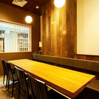 テーブル個室は2~八重洲鉄鋼ビル最大の32名様ご利用出来ます