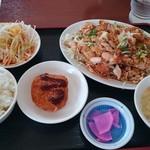 福源 - 料理写真:油淋鶏定食(600円)