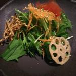 しゃぶしゃぶ 銀都 - サラダ