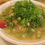 らーめん2国 - 料理写真:らーめん 670円