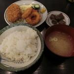 加賀屋 - サービスフライ定食500円