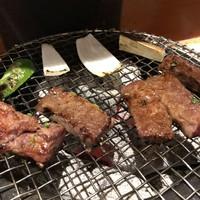 炭火焼肉 舞牛-