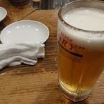 108287984 - 生ビールとタオルおしぼり