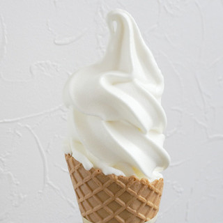 ferme - 料理写真:とよとみ牛乳ソフトクリームSサイズ200円