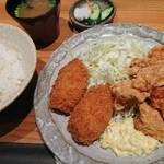 焼き鳥・炙り炭焼き をどり - 鶏唐カニクリームコロッケ定食