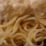 布施丿貫 - 「山崎真鯛白湯(冷/大盛)」の麺のアップ