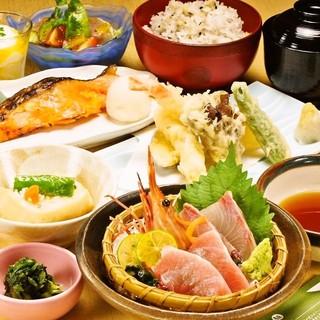 土日の御会食慶事ご予約もぜひ承ります!