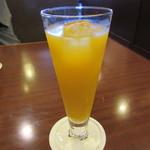 椿屋茶房 - 温州みかんジュース 600円
