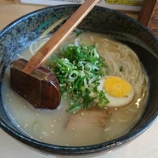 ラーメン壷 - 料理写真:豚骨(塩)
