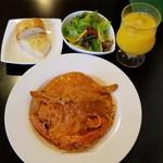 アックア モンテ - ワタリガニのトマトクリーム、サラダセット