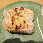 ひまわり寿司 - 炙りサーモンマヨネーズ。