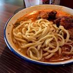 泡盛と沖縄地料理あかはち - ・麺はモチモチの太麺