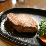 みはし - 料理写真:テンダーロインステーキ(120g)