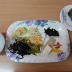 金壷食堂 - バイキング 600円 + 中華ちまき 250円