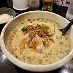 麻婆まぜそば 麻ぜろう - 担々麺(800円)