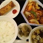 10836209 - 鶏唐揚の甘酢餡かけランチ