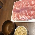 ワインと美味しい一人鍋 アスペルジュ -